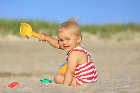 baby girl beach shovel
